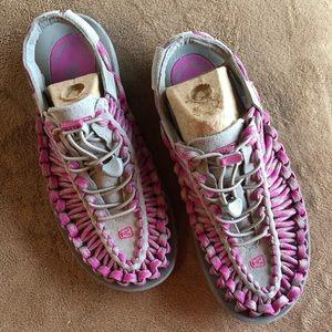 Keen Uneek 8.5 sandals mauve pink New in Box!